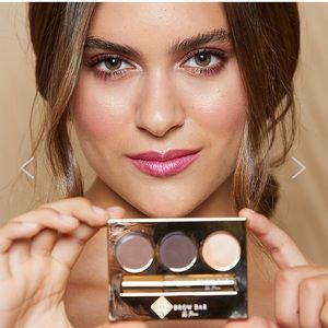 Brow Bar by Reema Brow Makeover Kit in Light